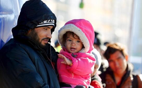 refugee-m_3489225b